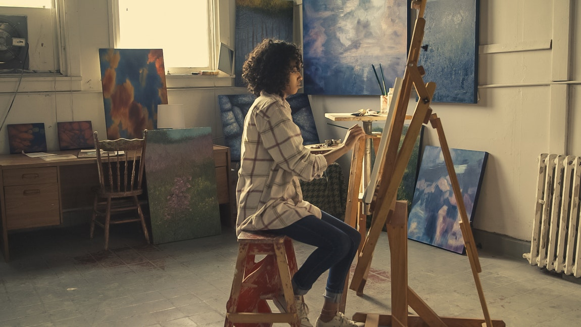 Afro Woman Painter