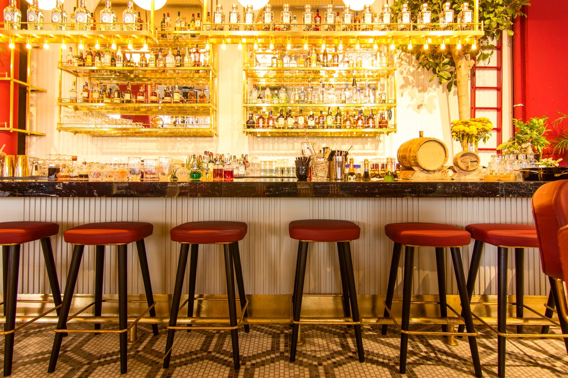 Have Your Own Bar At Home – Stylish Bar Stools